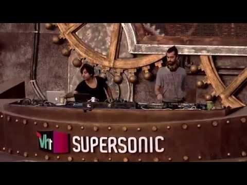 Guy J B2B Jeremy Olander Live at VH1 Supersonic 2014 - Goa, India (29 December 2014)