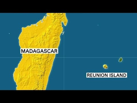 Airplane debris found in Indian Ocean
