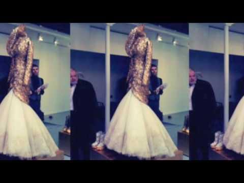 Alexander McQueen AW10 Fashionista.com