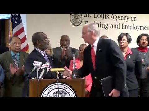 """MO Gov. Jay Nixon signs E.O. 1604 removing """"conviction box"""" from State job applications"""