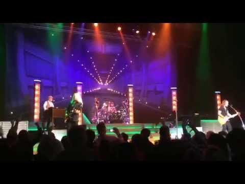 REO Speedwagon - Stranglehold (cover) Tulsa Hard Rock 11-12-2015