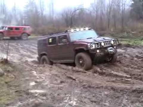 HUMMERS GO MUDDING