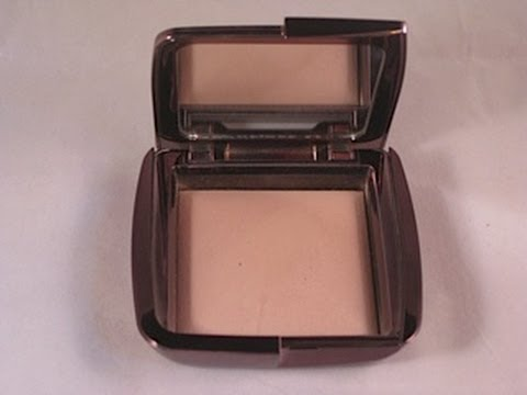 Review Hourglass Ambient Powder DIM