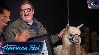 Noah Davis Gets His Alpaca on American Idol - Finale - American Idol 2018 on ABC