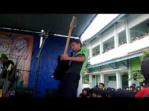 SMK Maarif NU 1 Ajibarang/ TKJ A Alumni 2013-2014