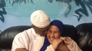 Sheikh said Rage enjoying and asking Wonderful Questions his daughter -BEST SOMALI FATHER EVER