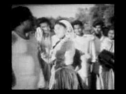 60s Golden Old Bangla Movie Song: Iran Turan Par Hoye video