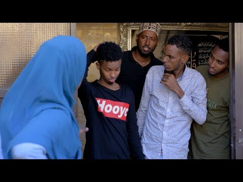 When You Come From Abroad | Somali React thumbnail