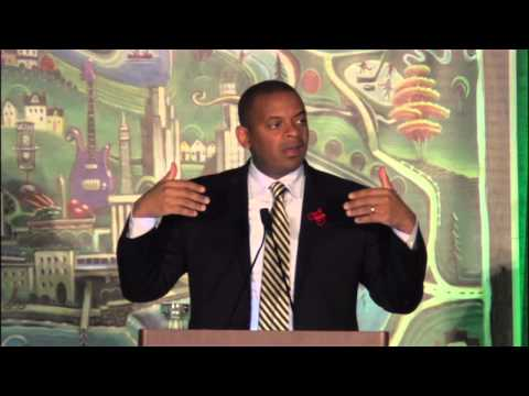 USDOT Sec. Anthony Foxx riffs on changing lives and the future of transportation