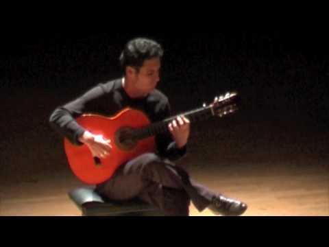 Jorge Castañeda plays Rondeña