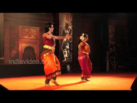 Vineeth Lakshmi Gopalaswamy Bharatanatyam 2 Nishagandhi Festival 2012