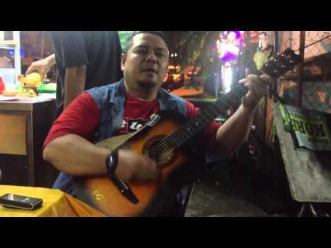 Acoustic guitar - Taubat