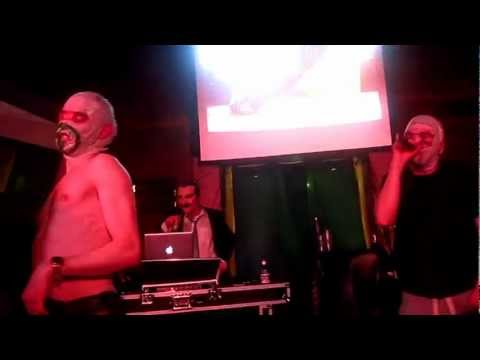 The Rubberbandits - I Wanna Fight Your Father (live - The 3 Sister's St Patrick's Day Festival 2013) video