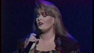 Watch Wynonna Judd My Strongest Weakness video