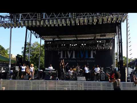 Michelle Williams Live FMMF part 1