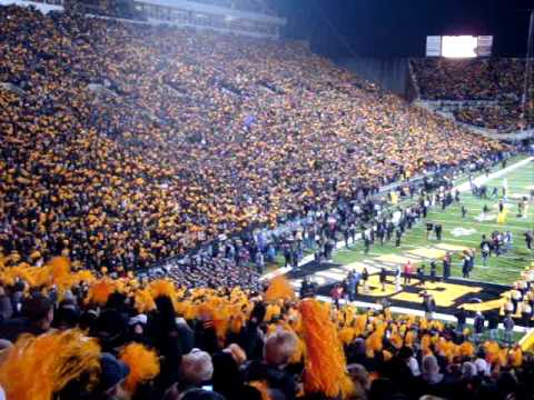 Iowa Hawkeye Intro Video