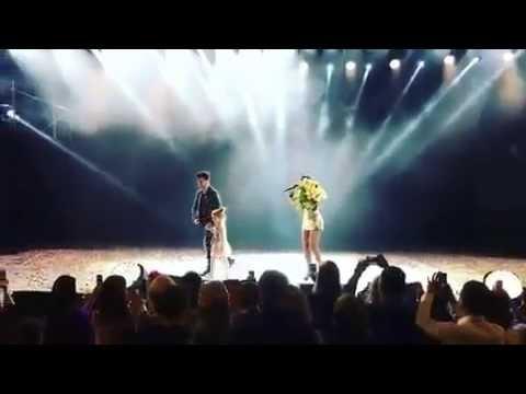 Муж Ани Лорак с дочкой вышли к ней на сцену 07 10 2016