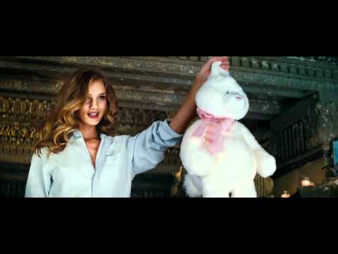 Rosie Huntington Opening Scene Transformers 3 [1080p] video