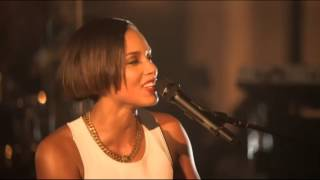 Alicia Keys Fallin Live At Manchester Cathedral