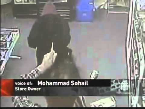 A Robber Converts To Islam During Robbery