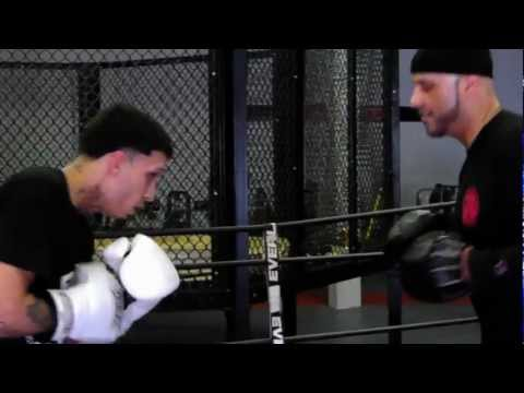 Coach Rick: Boxing Training Technical Padwork / Defense and Countering Mittwork Session Image 1