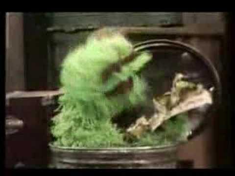 "Classic Sesame Street - Oscar sings ""I Love Trash"" (1970)"