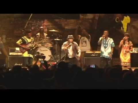 Alikiba Dushelele Live Performance sauti Za Busara 2015 video