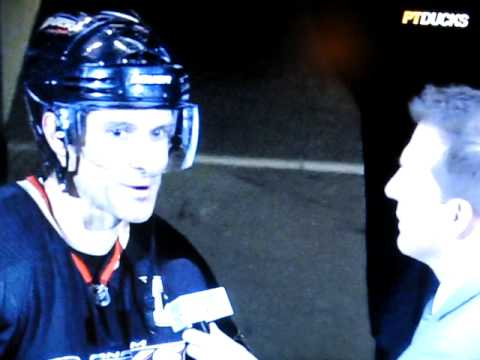 Scott Niedermayer Reacts to Brawl Over His Stick Video