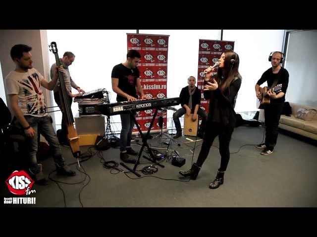 Raluka - Surrendered my love live la Kiss FM