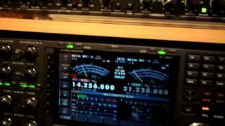 Ham radio shack ((G0SEC)) quick tour and QSO with Tony IZ6BXV
