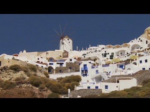 Tourism a lifeline for Greece