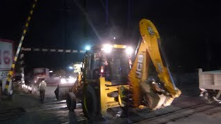 RAILWAY GATE OPENS ! MONSTER JCB  CROSSING !! BHOPAL INDIA