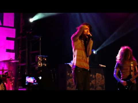 Mayday Parade - When You See My Friends (Live on 11/17/2011)