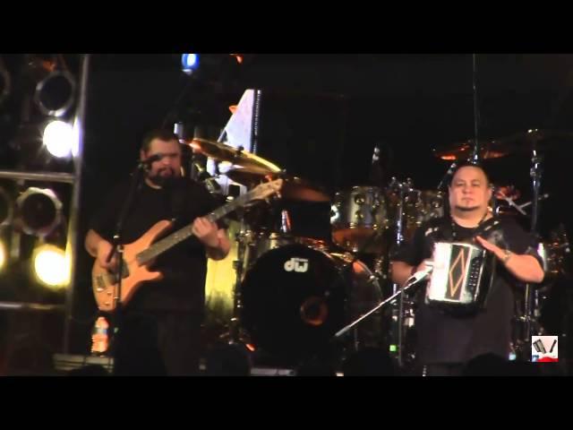 Jimmy Gonzalez Y Grupo MAZZ Perdoname