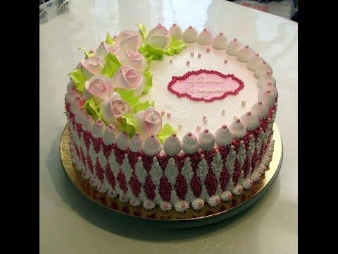 Идея оформления кремового тортика.