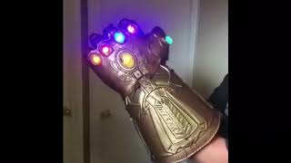 Awesome! Marvel Legends (Avengers)Thanos 1/1 Infinity Gauntlet !