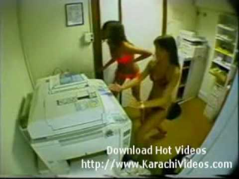 Karachi Office Girls Are Enjoying In Office
