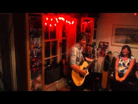 Iain Archer ~ Frozen Lake ~ House Concerts York ~ 6.08.11