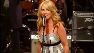 Watch Lee Ann Womack The King Of Broken Hearts video