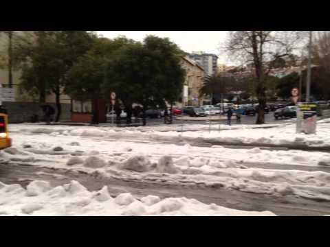 Cai neve em Carnaxide!