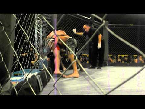MMA NOCHE DE TITANES 2 - NICOLAS BARRIA vs NICOLAS GARCIA (CATAMARCA) ROUND 2