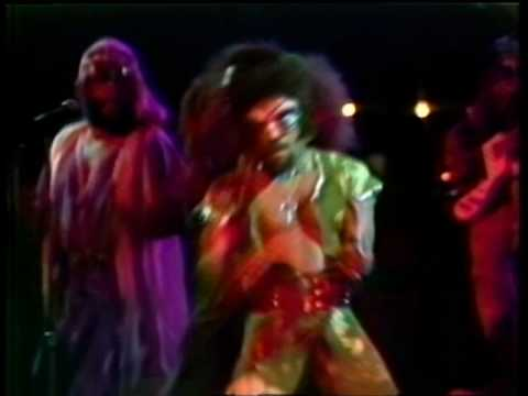 Parliament Funkadelic - Standing On the Verge of Gettin&#039; It On - Houston 1976