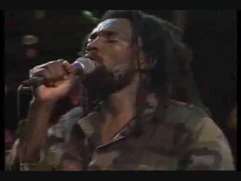 Lucky Dube - It Is Not Easy - Live! video