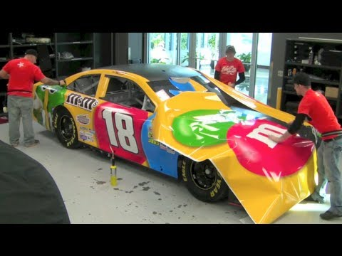 Incredible 2013 Kyle Busch M&M'S NASCAR Wrap Time Lapse - How NASCAR cars are painted