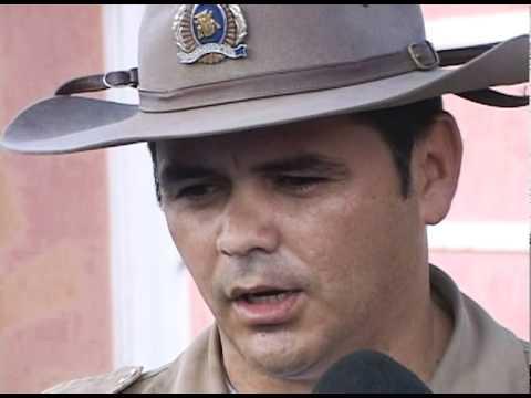 Polícia Civil apreende gaiolas e pássaros em Uberlândia