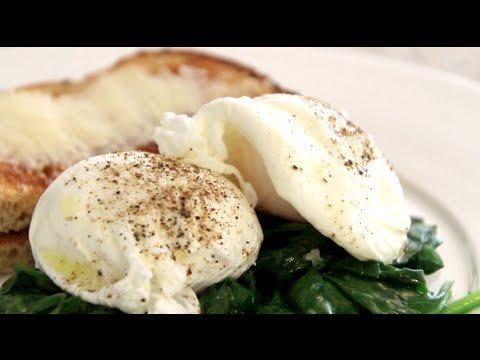 Perfectly Poached Eggs How To And Recipe Youtube