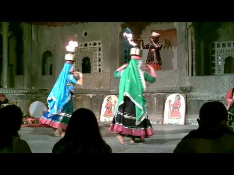Rajasthani Dancing 2 - India Videos 006.mp4 video