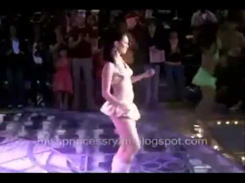 Sexy Hot Filipino Dancing With Gangnam Style video