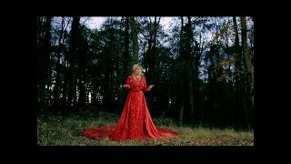 Googoosh - Ajab Jaei Official Music Video 4K