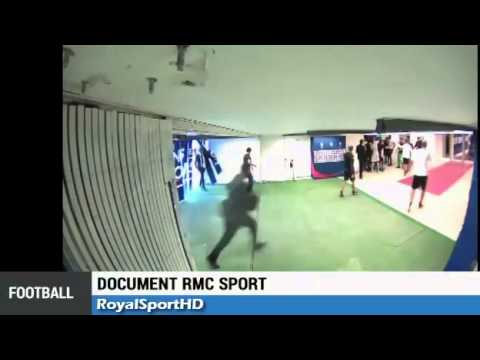 Brandao leaves Thiago Motta with a bloody nose | Brandao donne coup de tête à Motta | PSG Bastia 2-0